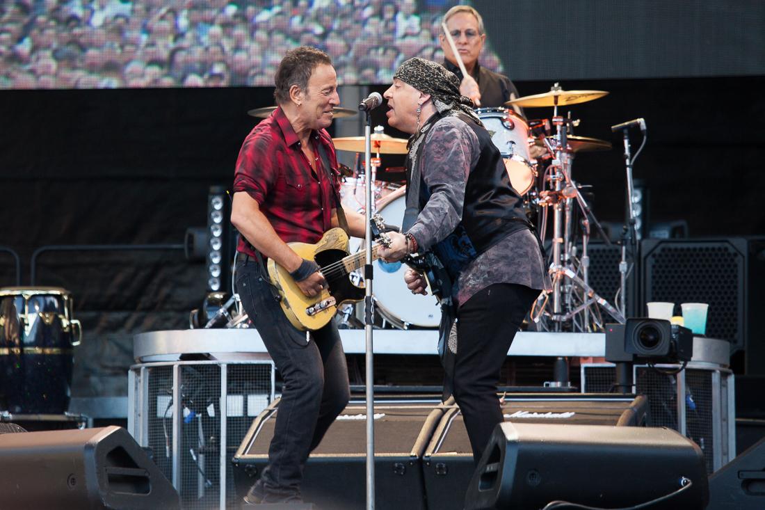 Bruce Springsteen & The E-Street Band* Bruce Springsteen And The E Street Band - Driving That Dusty Road