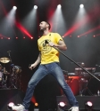 Maroon 5 Photo by Zo Damage