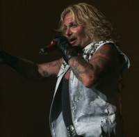 Motley Crue, Vince Neil - Photo By Ros O'Gorman