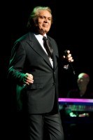 Engelbert Humperdinck - Photo By Ros O'Gorman