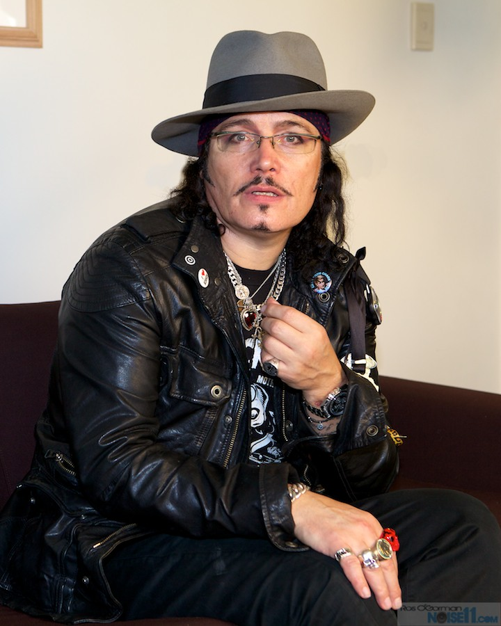 Adam Ant To Release New Song