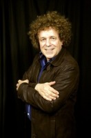 Leo Sayer. photo by Ros O'Gorman Noise11.com