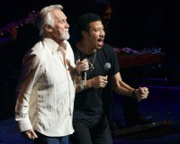 Lionel Richie and Kenny Rogers - Photo By Ros O'Gorman