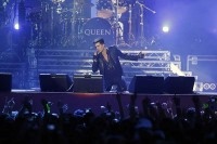 Adam Lambert with Queen in Kiev photo from Queenonline.com