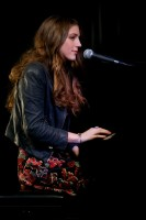 Birdy: Photo By Ros O'Gorman