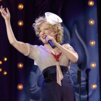 Bette Midler photo by Ros O'Gorman
