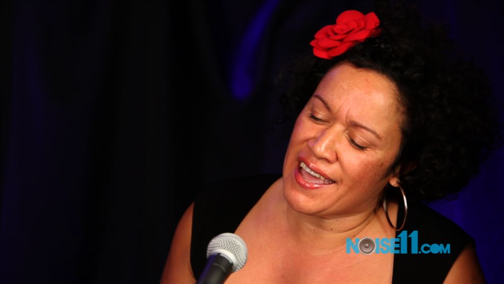 Vika Bull at Noise11.com