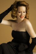 Molly Ringwald Noise11 photo