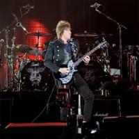 Richie Sambora of Bon Jovi photo by Damien Loverso, Noise11, Photo