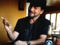 Eddie Vedder with his Australian 50 Cent coin from the movie Cosmic Psychos Blokes You Can Trust, Noise11, Photo