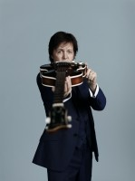 Paul McCartney photo by MaryMcCartney, Noise11, Photo
