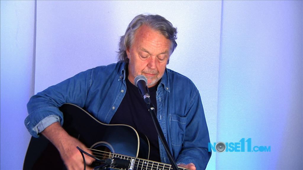 Mike Brady at Noise11.com