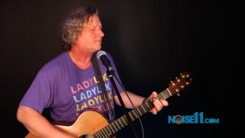 Glenn Tilbrook at Noise11