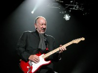 The Who, Pete Townshend. Photo by Ros O'Gorman