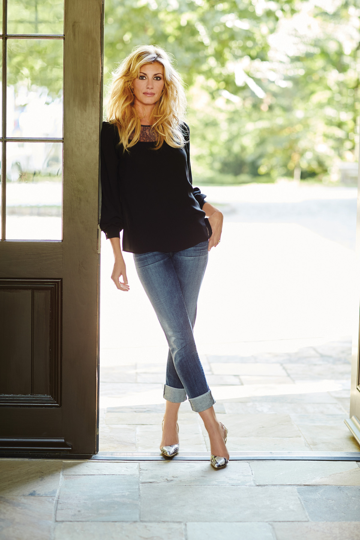 Faith Hill Gets Into The Tv Production Business Noise11 Com
