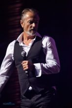 Steve Kilbey, Pure Gold Live at the Palais in St Kilda on Friday 13 May 2016. Photo by Ros O'Gorman