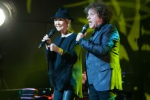 Lulu and Leo Sayer perform at Hamer Hall on Friday 24 June 2016. Photo by Ros O'Gorman http://www.noise11.com