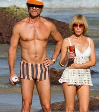 Guy Pearce and Kylie Minogue in Swinging Safari