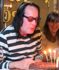 Todd Rundgren celebrates his 70th (photo by Karen Freedman)