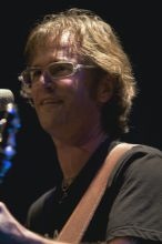 Dan Wilson photo by Ros O'Gorman