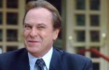 Rip Torn as Artie in The Larry Sanders Show