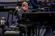 Elton John at Mt Duneed Winery 7 Dec 2019 photo by Jackson