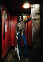 Lenny Kravitz - Photo by Nadine Koupaei