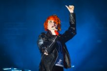 Hayley Williams of Paramore photo by Ros O'Gorman