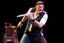 Ian Anderson of Jethro Tull photo by Ros O'Gorman