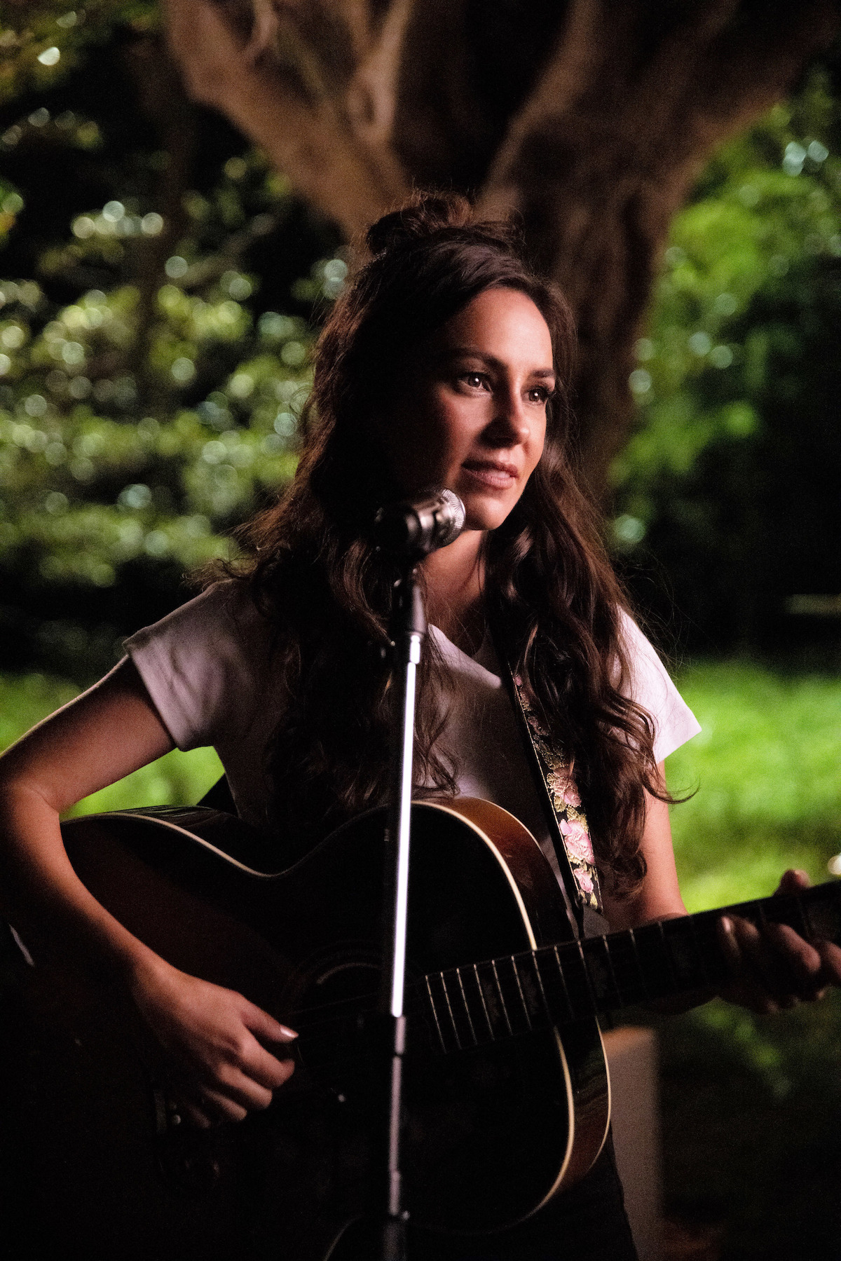 Australian Charts: Amy Shark 'Cry Forever' Tops ARIA Chart For A Second Week