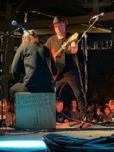 Trading 4s with KSPRZK on the bongos in Fresno. Photo: Dr. Varuni Kulasekera