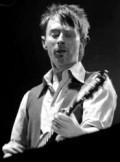 Thom Yorke of Radiohead image noise11.com