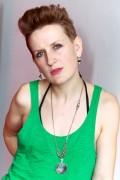 Mia Dyson: Photo Ros O'Gorman