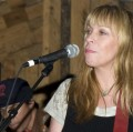 Rickie Lee Jones photo by Ros O'Gorman
