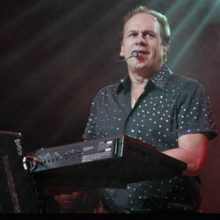 Harry Wayne Casey of KC and the Sunshine Band photo by Ros O'Gorman