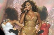 Beyonce in concert in Melbourne by Ros O'Gorman