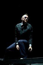 Chester Bennington of Linkin Park photo by Ros O'Gorman