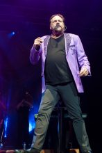 KC and the Sunshine Band perform at Margaret Court Arena on Tuesday 12 December 2017. Photo by Ros O'Gorman