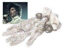 Prince's Glove