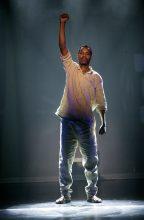 Perci Moeketsi as Nelson Mandela photo by Serge Thomann