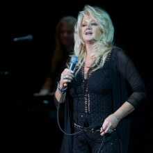 Bonnie Tyler photo by Ros O'Gorman