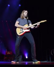 Mickey Madden of Maroon 5 photo by Zo Damage
