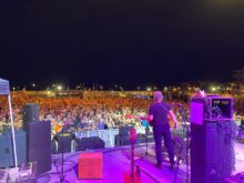 Violent Femmes play The Stone Pony outdoor stage